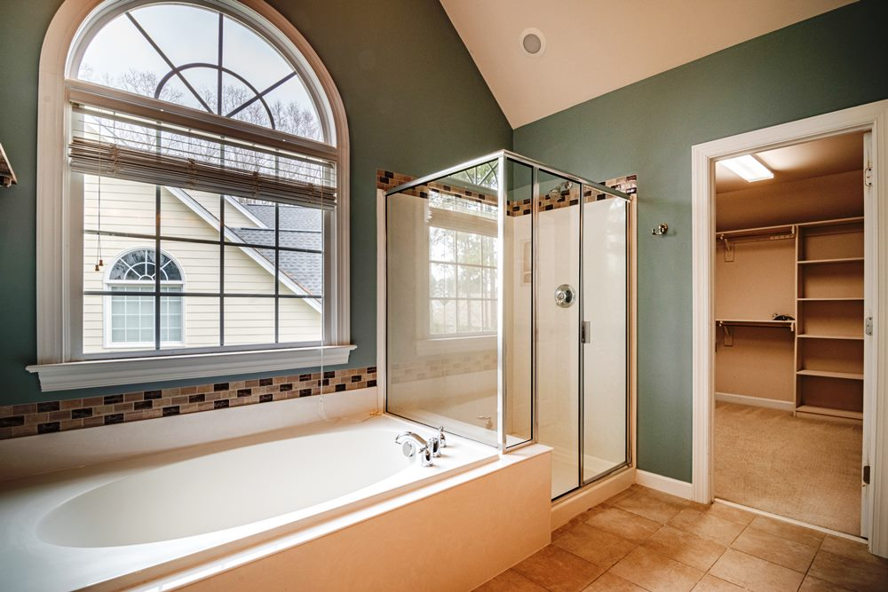 tips to create the most of a small bathroom